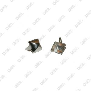 3842 PYRAMID ORNAMENT 10X10 MM WITH FINS IRON