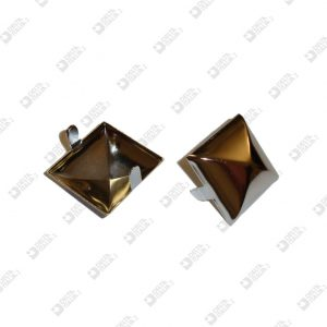 9724 PYRAMID ORNAMENT 25X25 WITH FINS IRON